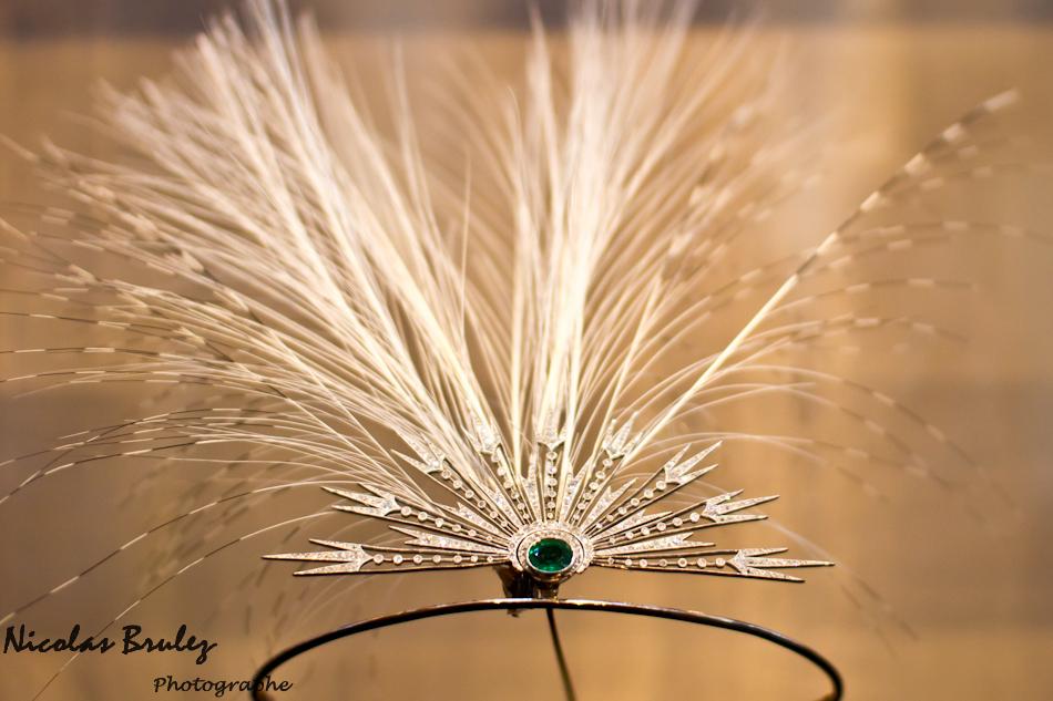 diadème chaumet plume d'autruche diamant et émeraude