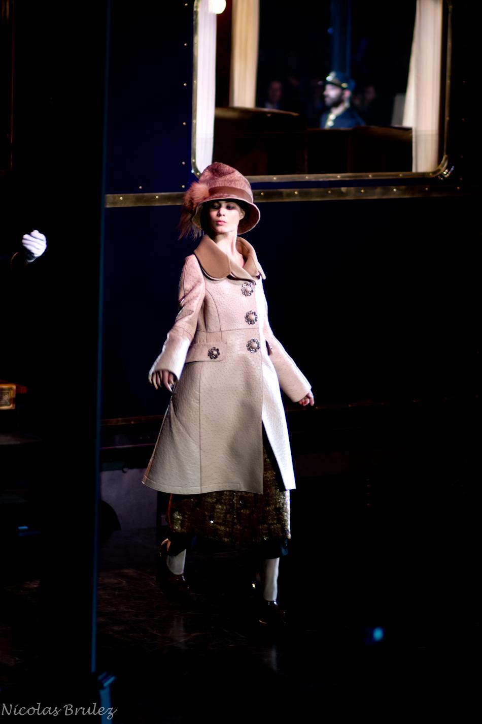 défilé femme prêt à porter vuitton automne hiver 2013